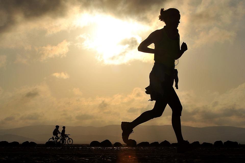 marche sportive course à pied
