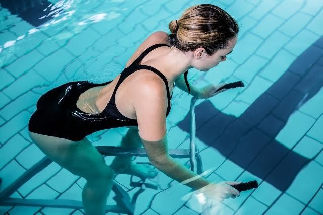 bienfaits et effets de l'aquabike